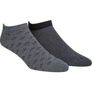 Calvin Klein 2PK ALL OVER CK LOGO tmavo šedá M/L - Pánske ponožky